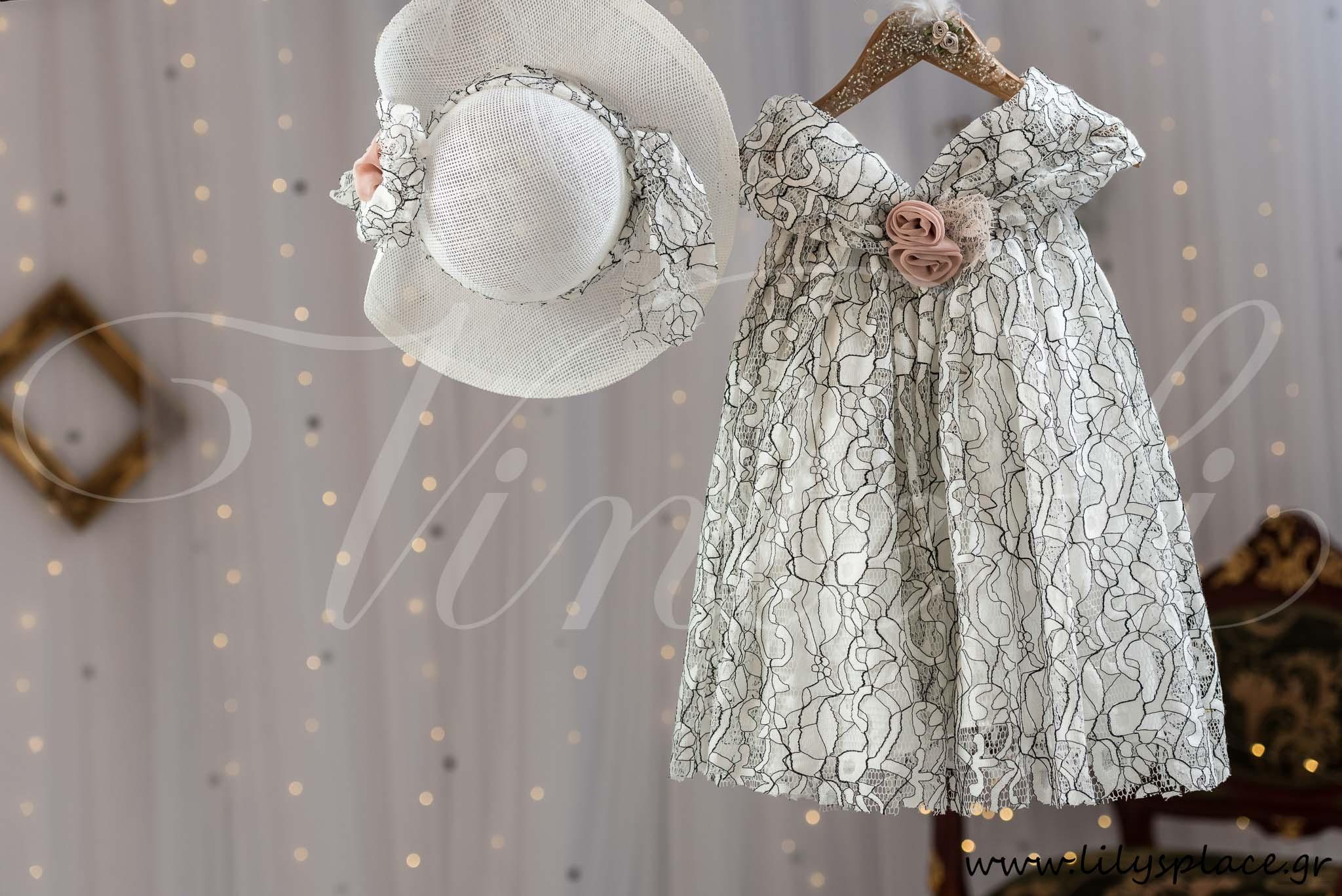 Ρούχο βάπτισης φόρεμα με δαντέλα κορδονέ