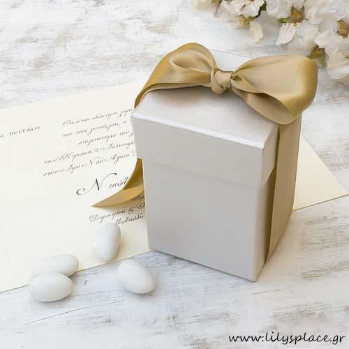 Μπομπονιέρα γάμου κουτί σατινέ