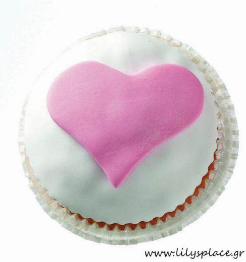 Cupcake με καρδιά