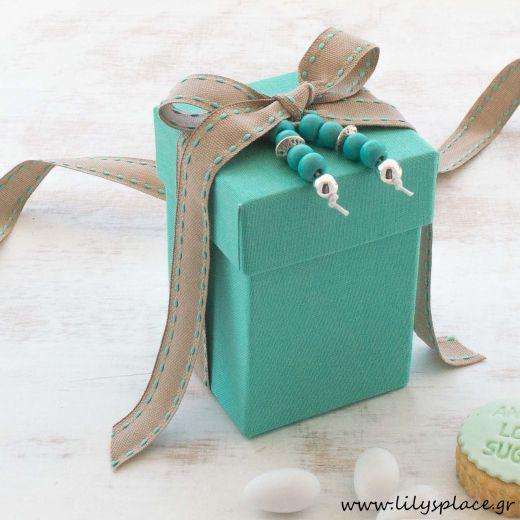 Μπομπονιέρα βάπτισης κουτί υφασμάτινο με μπεγλέρι