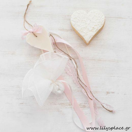 Μπομπονιέρα βάπτισης σαπουνάκι καρδιά λευκή